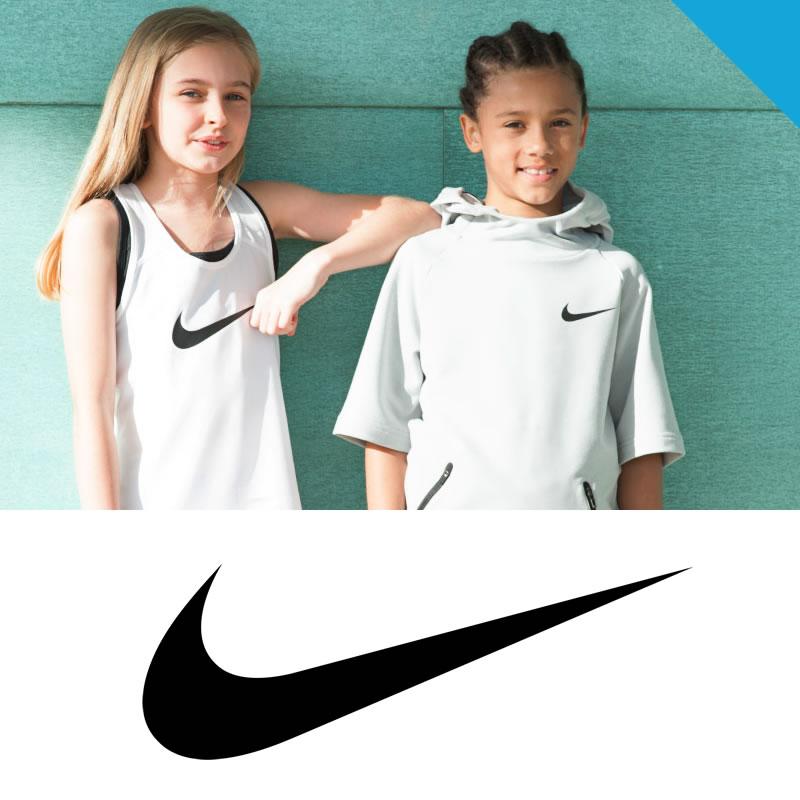 Nike abbigliamento